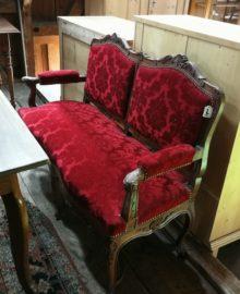 Stil Régence, Sofa, Kanapee, rot, gepolstert, antik, geschnitzt,